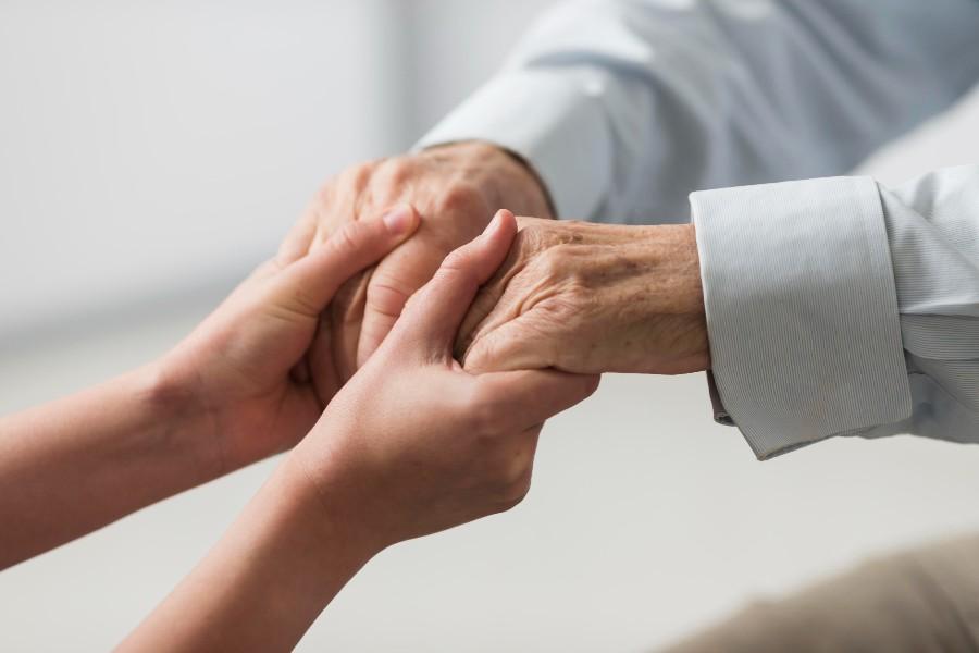 ausili per anziani disabili